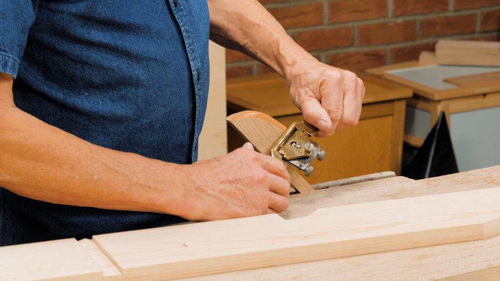 10 Quick Woodworking Tips (03).00_02_30_25.Still021