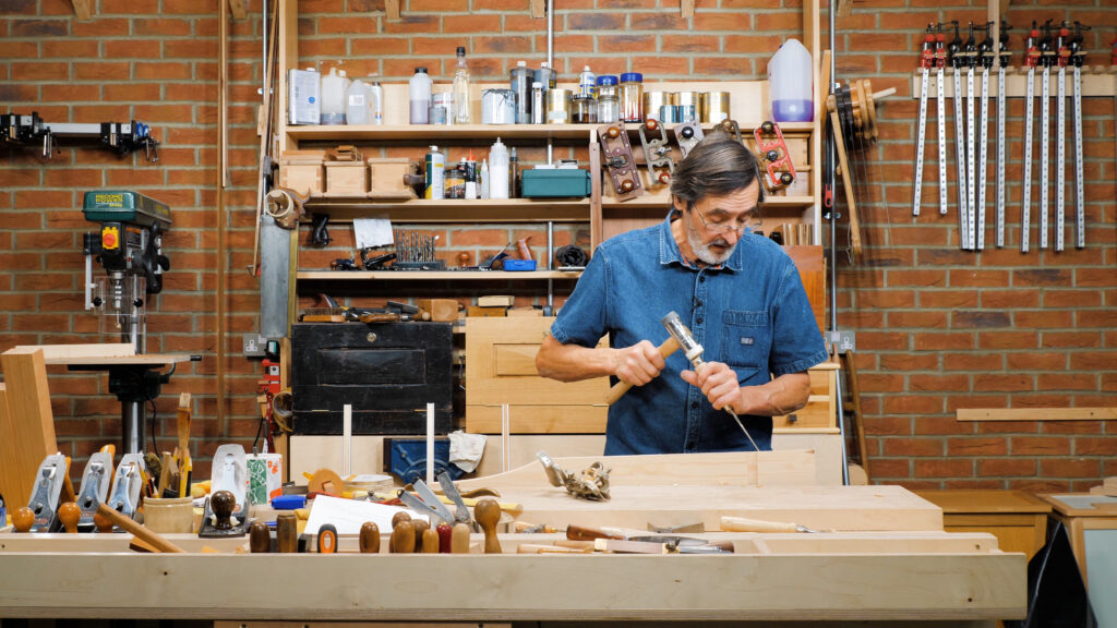 10 Quick Woodworking Tips (03).00_04_16_21.Still034